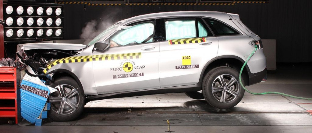 EuroNCAP Best of 2015 Mercedes GLC