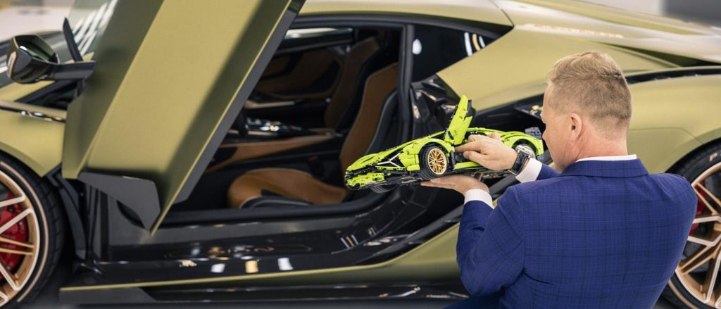 The Lego Lamborghini Sian and a Lamborghini Sian